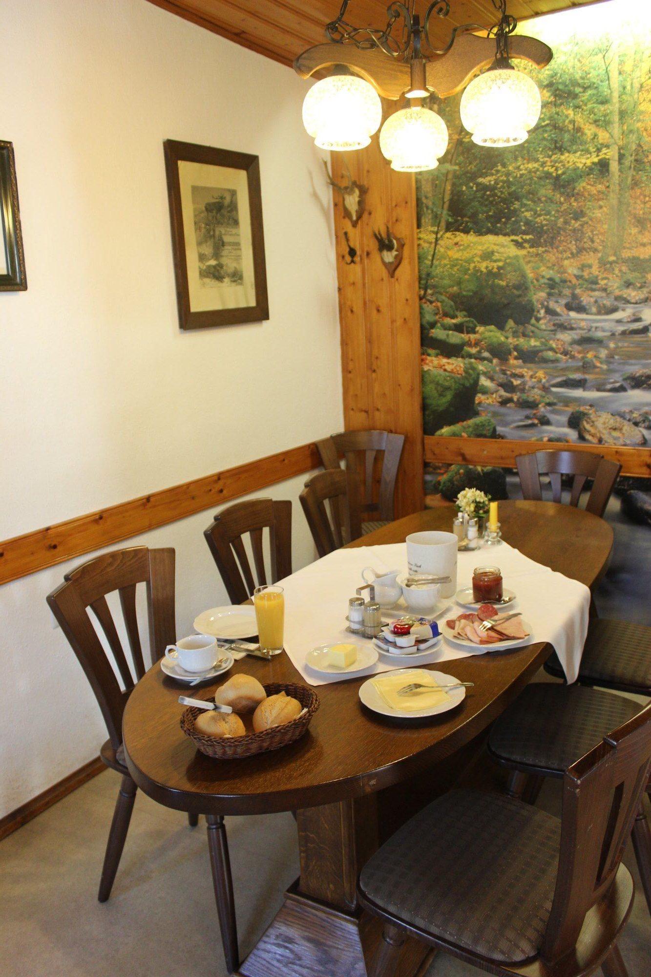 Frühstückstisch Hotelgäste